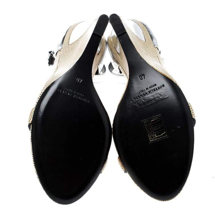 Bottge Veneta Cream/Silver Lizard and Leather Wedge Sandals Size 40