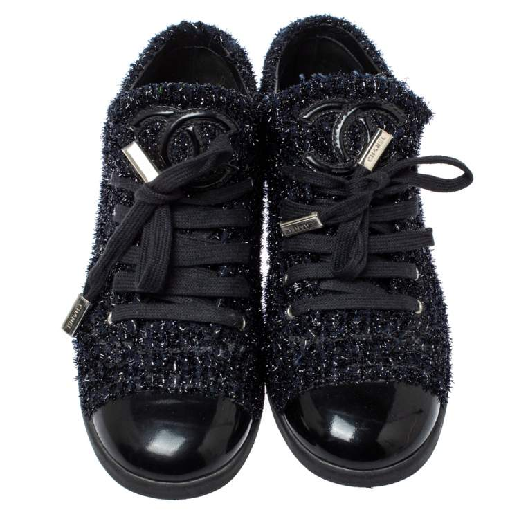 Chanel Black/Navy Blue Shimmery Tweed and Patent Leather Cap Toe Sneakers Size 38