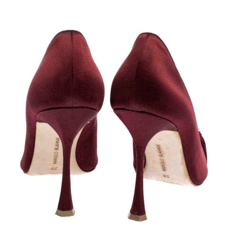 Manolo Blahnik Burgundy Satin Crystal Embellished Pointed Toe Pumps Size 38