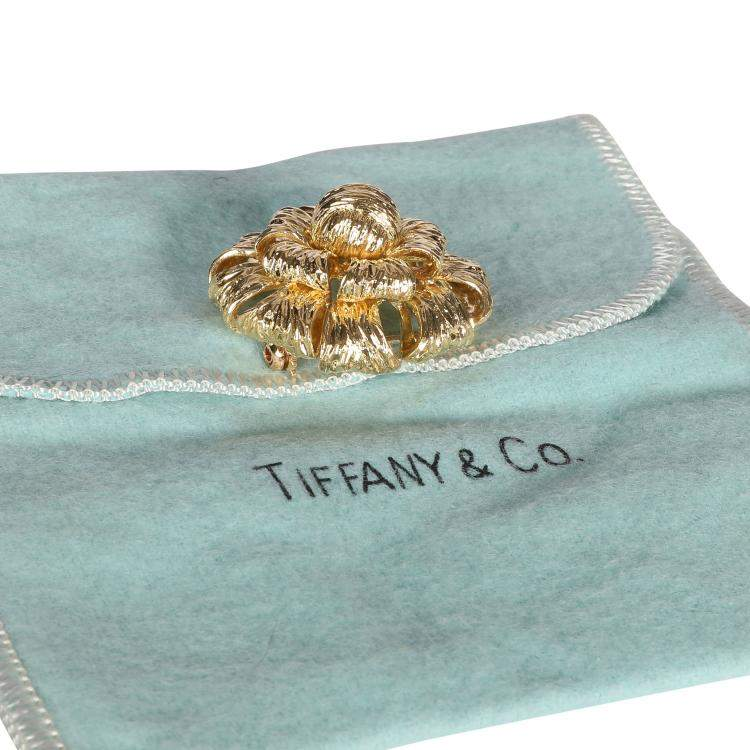 Tiffany & Co. Vintage Dahlia 18K Yellow Gold Brooch