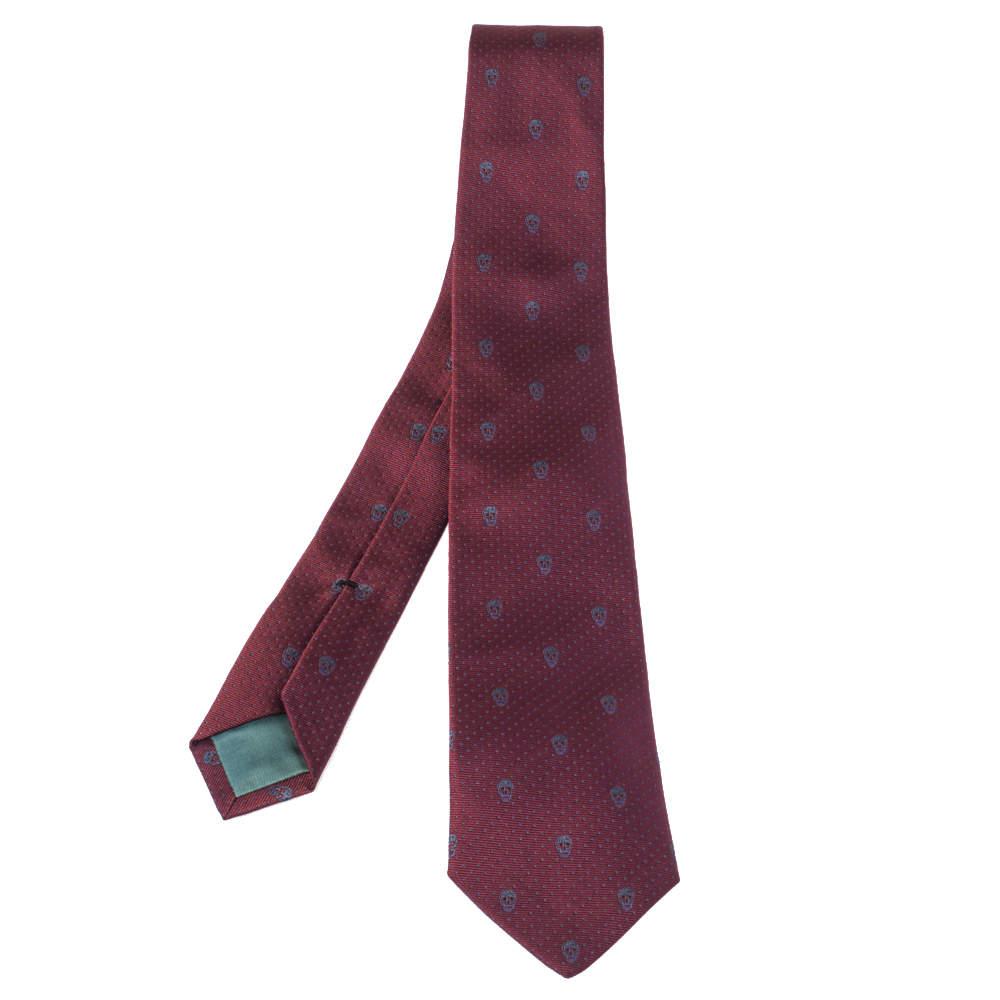 ربطة عنق أليكساندر ماكوين رفيعة حرير جاكار جمجمة عنابي