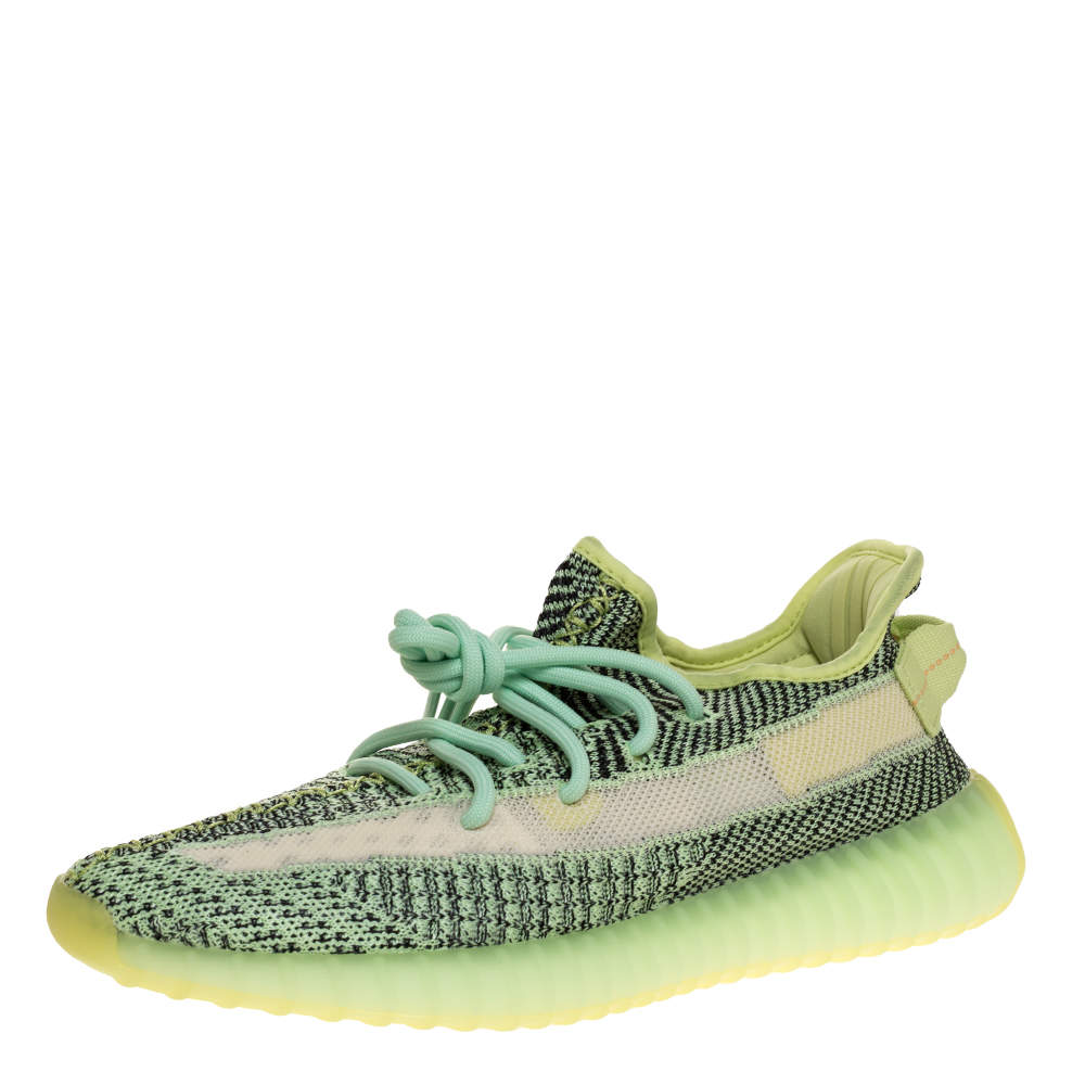 Hobart sciarpa Mostrare  Yeezy x Adidas Green Knit Fabric Boost 350 V2 Yeezreel Reflective Sneakers  Size 41.5 Yeezy x Adidas | TLC