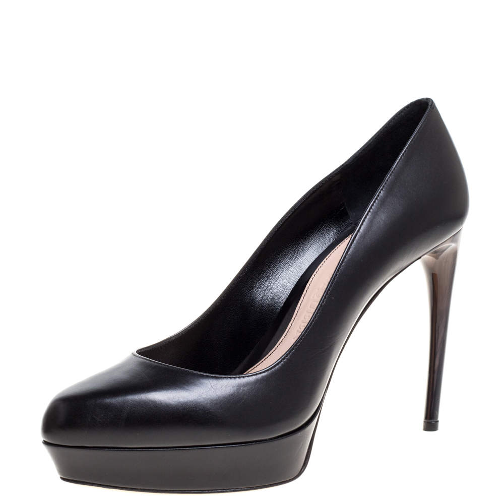 Alexander McQueen Black Leather Curved Heel Platform Pumps Size 38