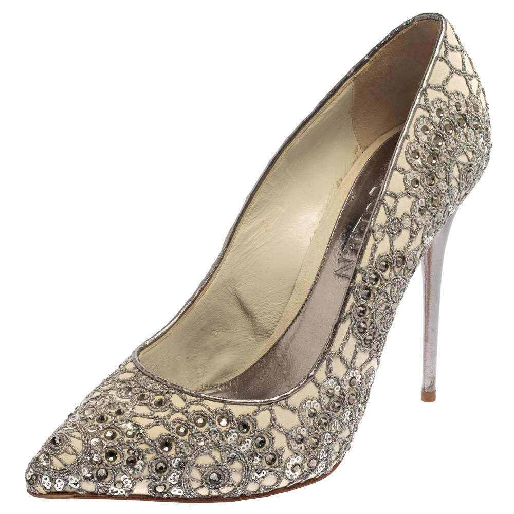 Alexander McQueen Silver/Off White Lace And Leather Crystal Embellish  Pointed Toe Pumps Size 39.5