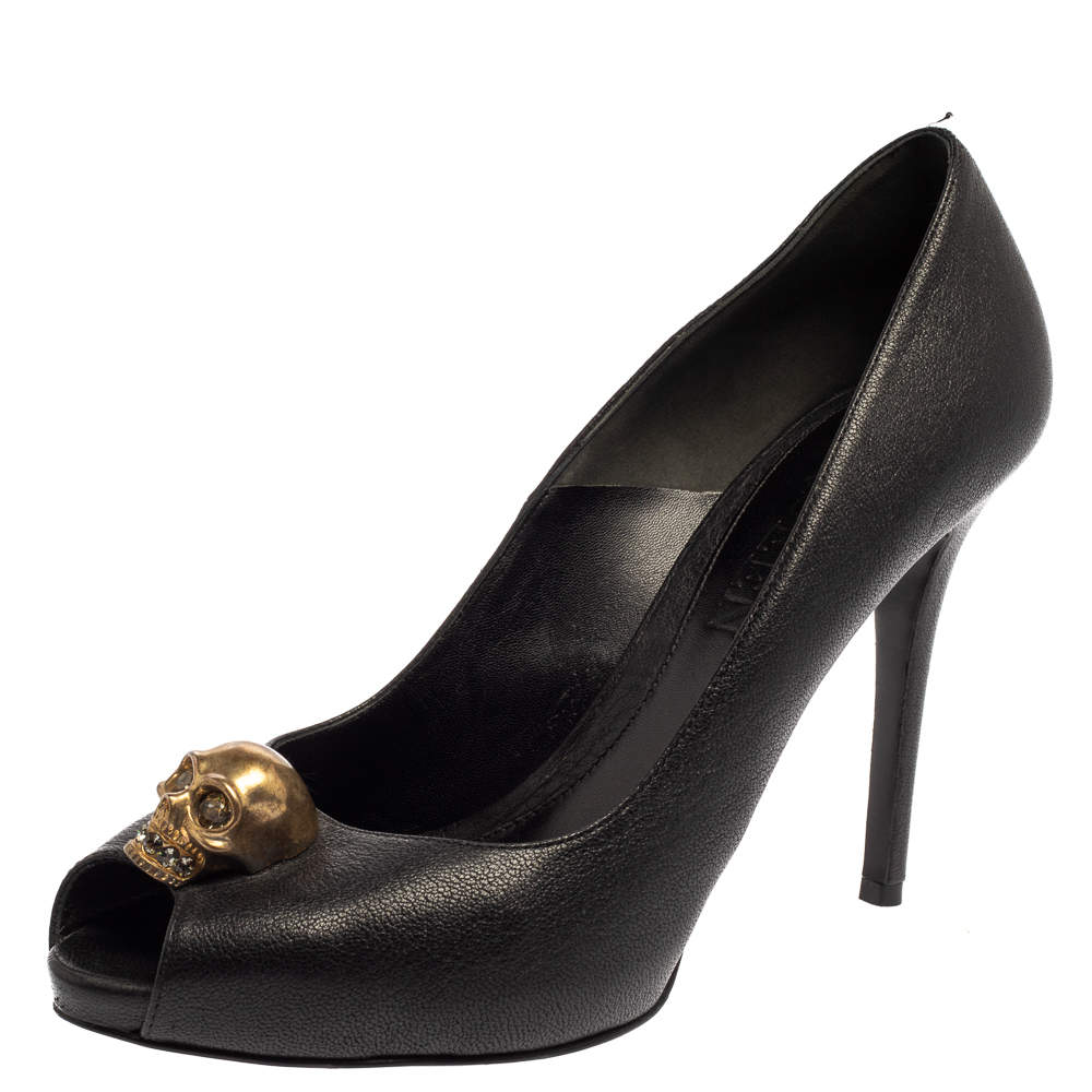 Alexander McQueen Black Leather Peep Toe Skull Pumps Size 39.5