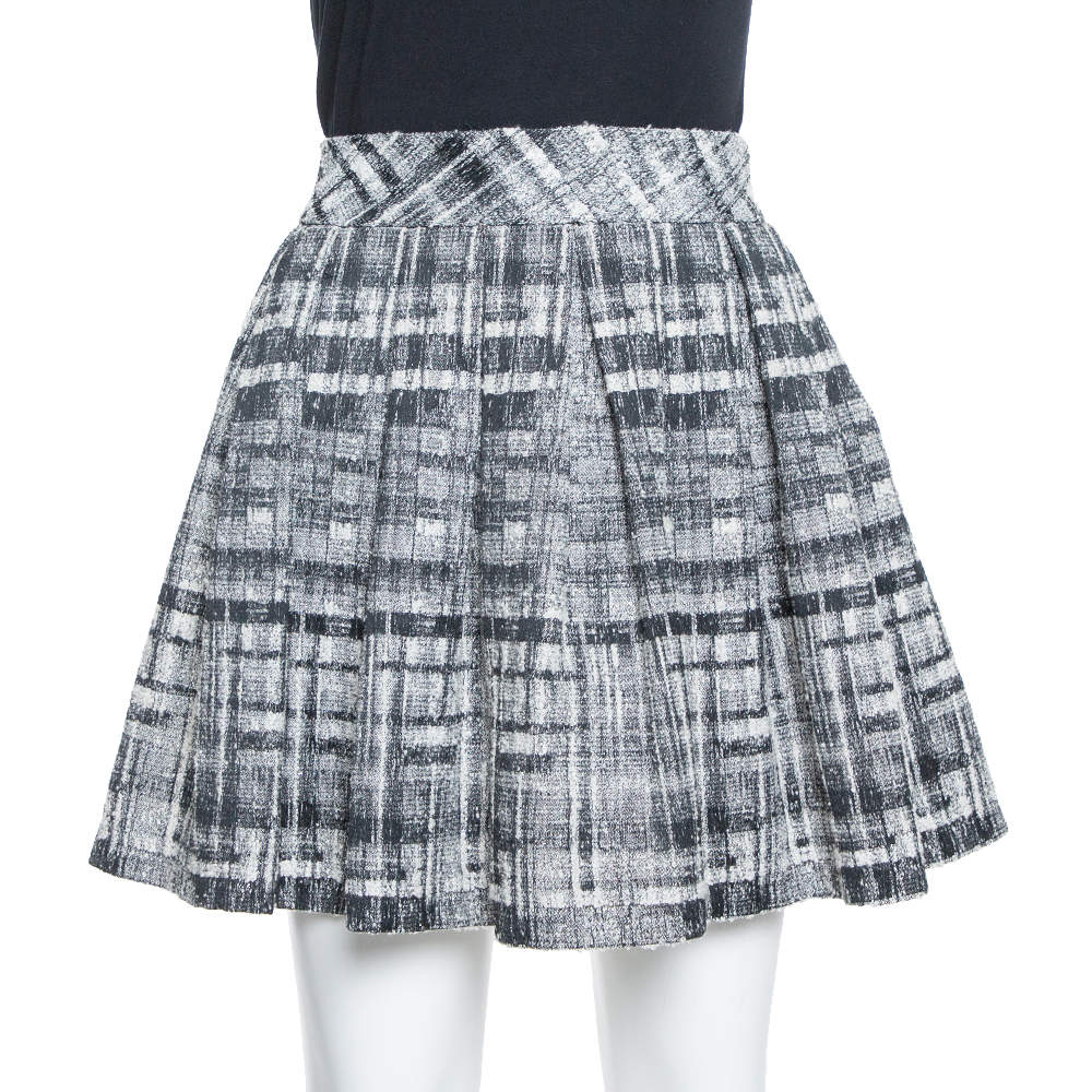 Alice + Olivia Monochrome Textured Lurex Wool Pleated Mini Skirt S