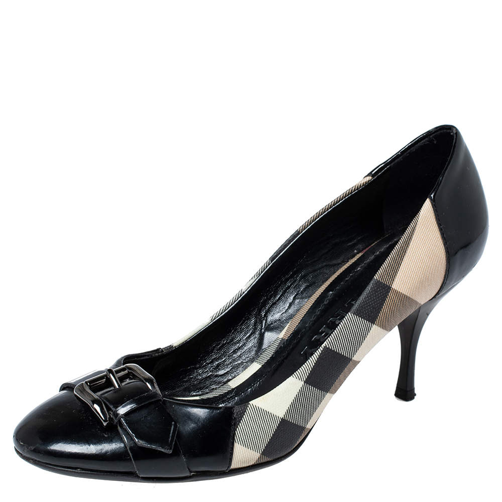 Burberry Black Nova Check Coated Canvas and Patent Leather Buckle Round Toe Pumps Size 38
