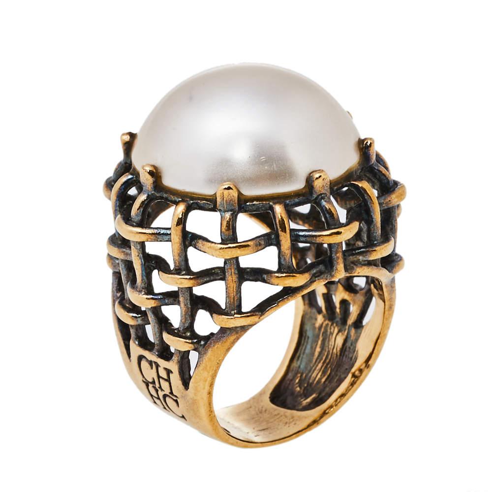 Carolina Herrera Flower Faux Pearl Gold Tone Ring Size 54.5