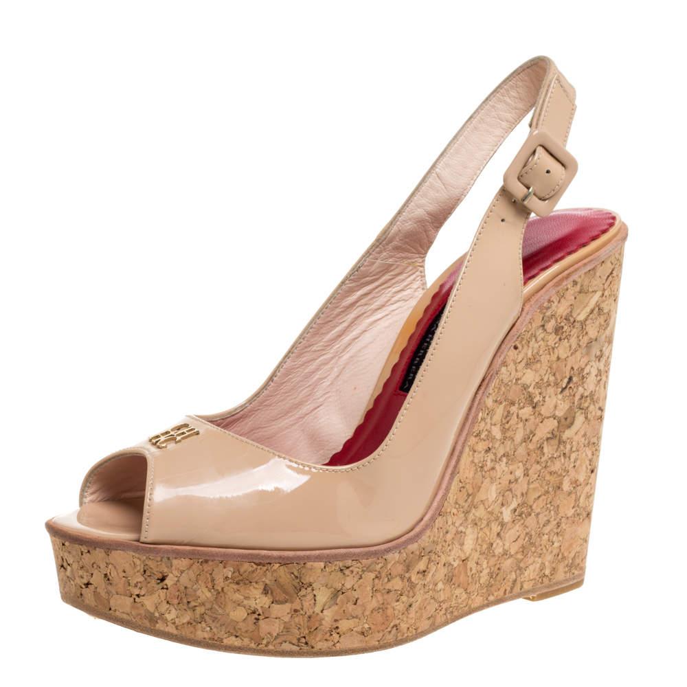Carolina Herrera Beige Patent Leather Cork Wedge Platform Peep Toe Slingback Sandals Size 38