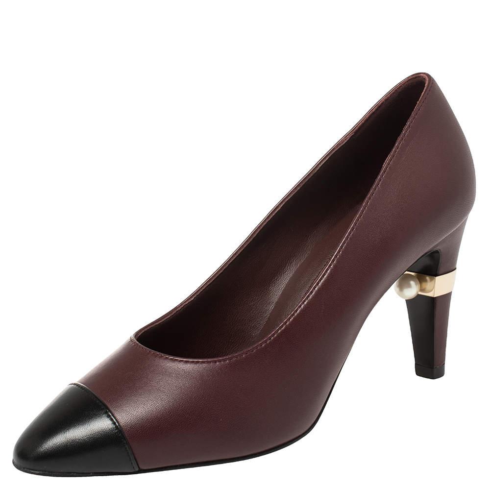 Chanel Black/Burgundy Leather CC Pearl Embellished Heel Pumps Size 36.5