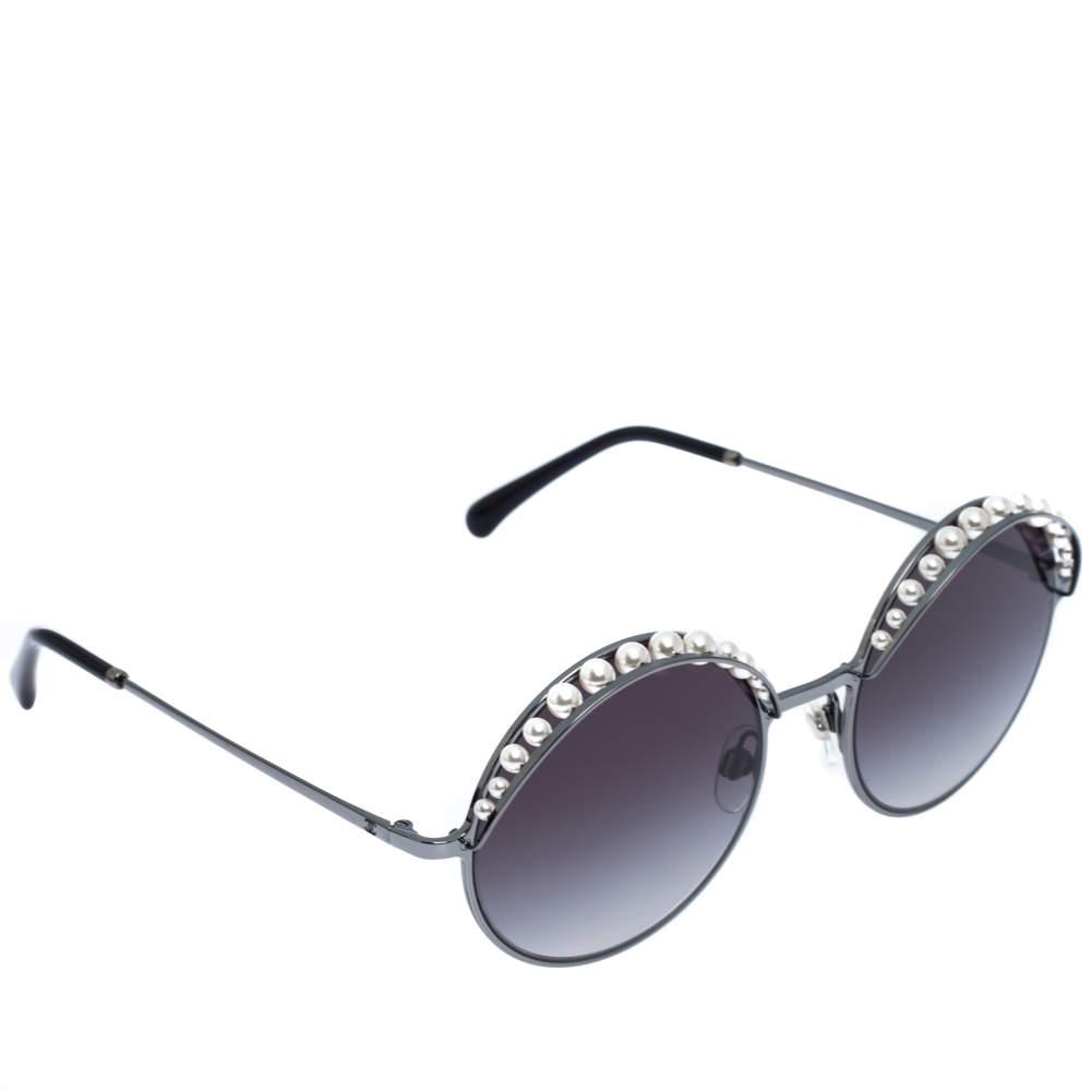 Chanel Black Gradient 4234-H Pearl Round Sunglasses
