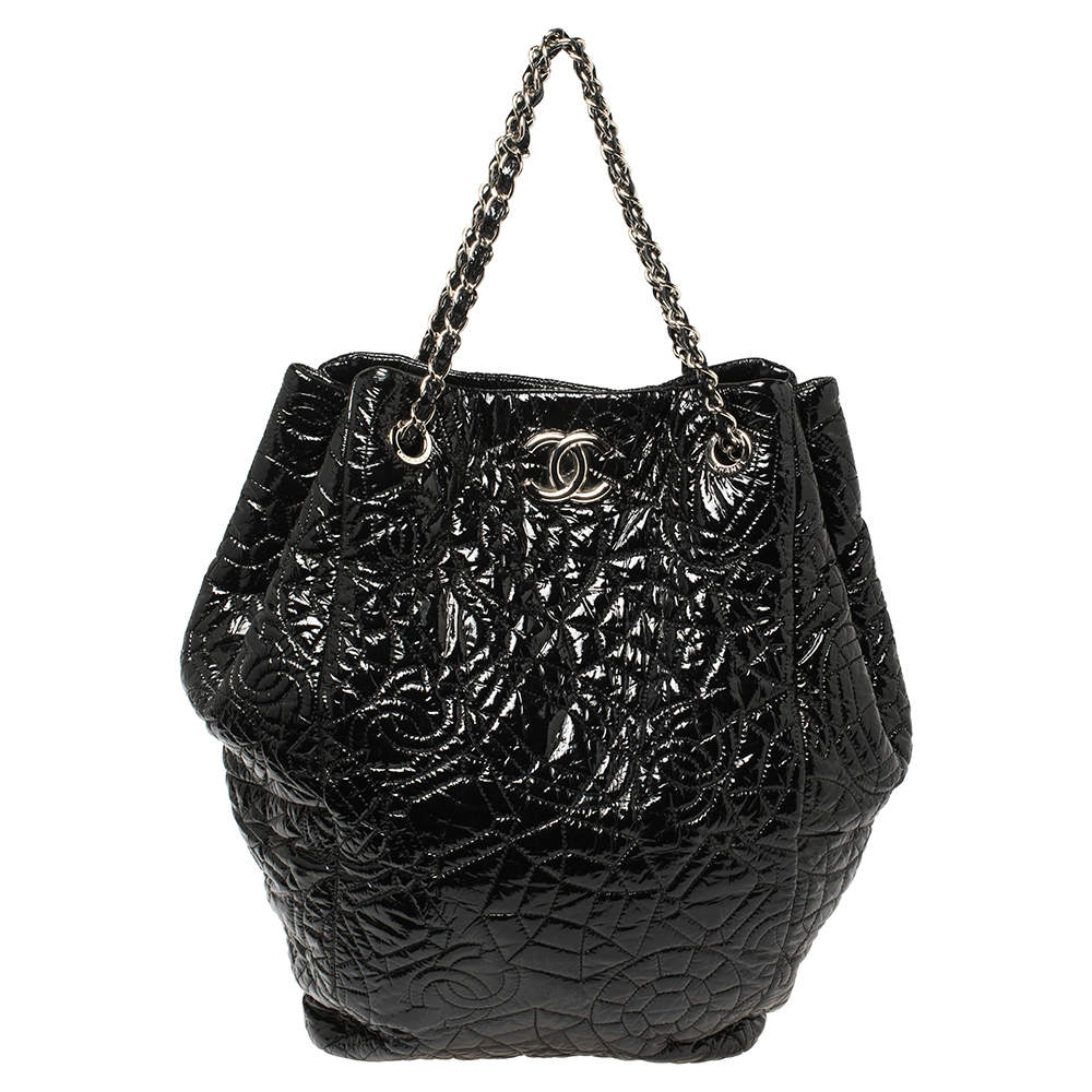 Chanel Black Camellia Quilted Vinyl Rock In Moscow Hobo