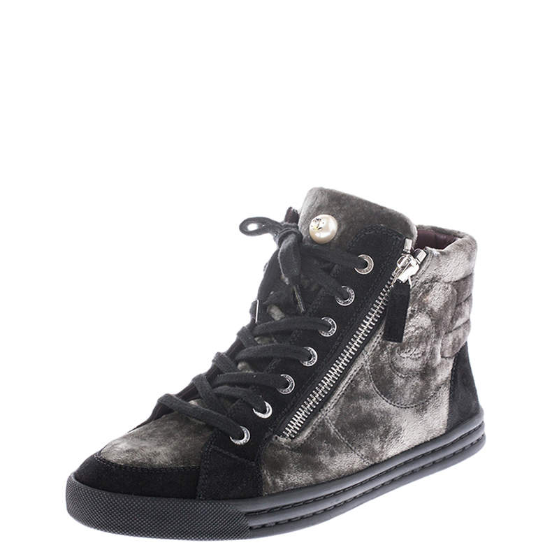 Chanel Green/Black Velvet And Suede CC Double Zip Accent High Top Sneakers Size 37