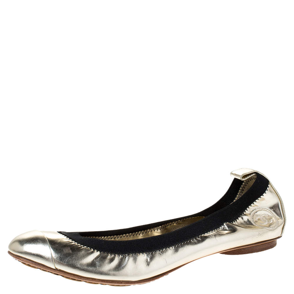 Chanel Gold/Black Patent Leather CC Scrunch Elastic Ballet Flats Size 38.5