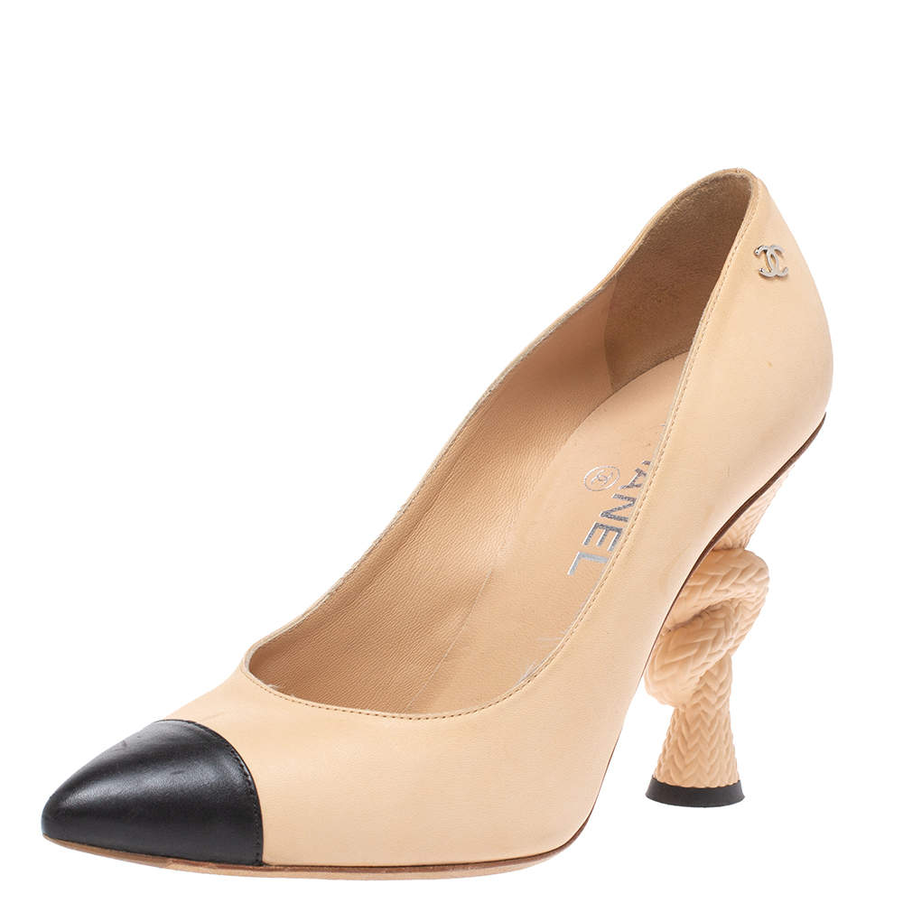 Chanel Beige/Black Leather Knotted Heel Pointed Toe Pumps Size 39.5