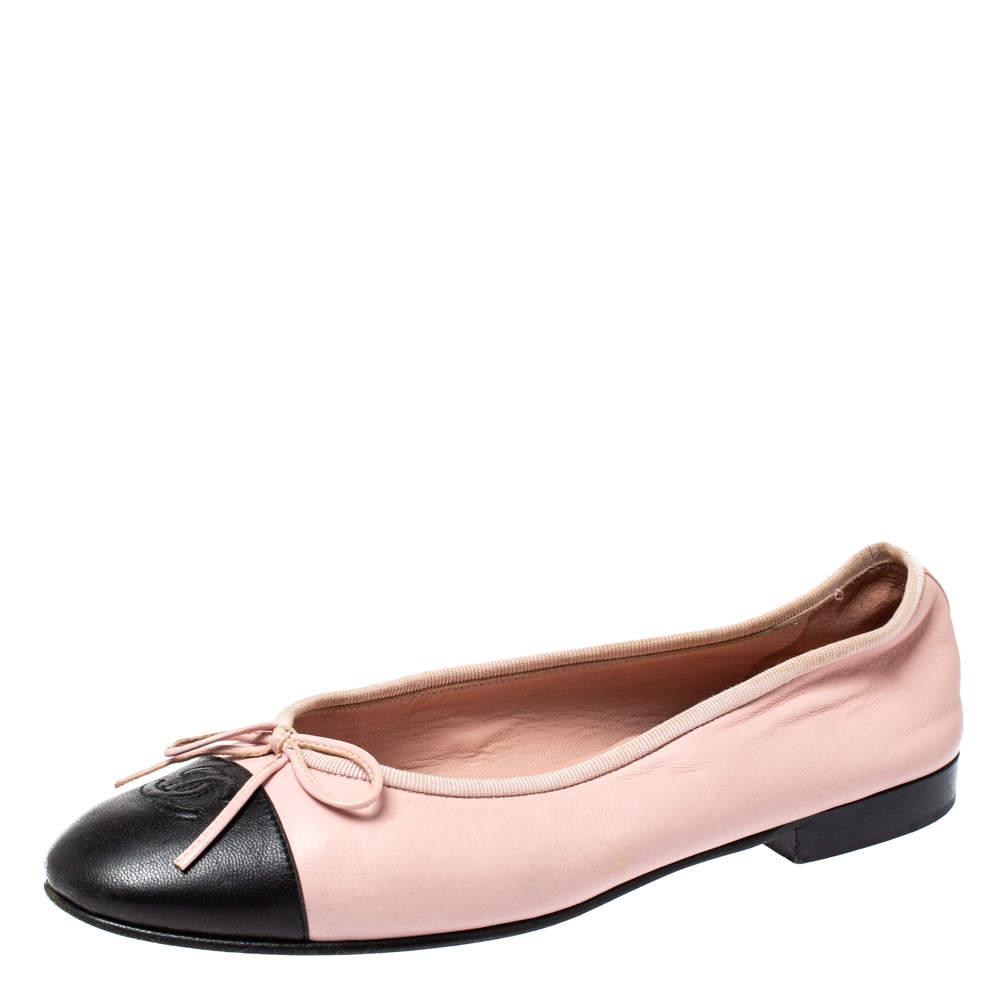 حذاء فلات باليه شانيل غطاء مقدمة سى سى فيونكة جلد أسود / وردى مقاس 38
