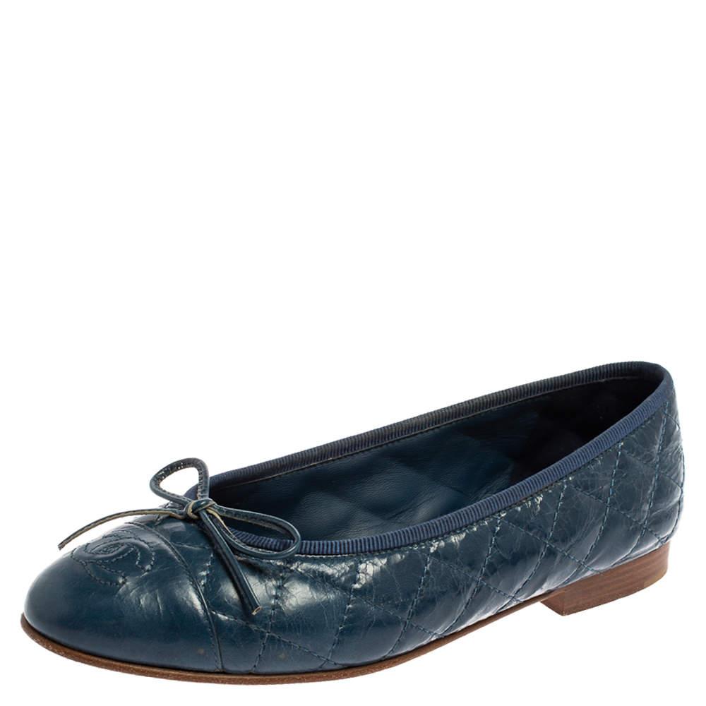 حذاء فلات باليه شانيل فيونكة سى سى جلد مبطن أزرق مقاس 35.5