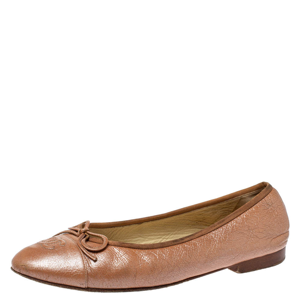 Chanel Metallic Beige Leather CC Cap Toe Bow Ballet Flats Size 38