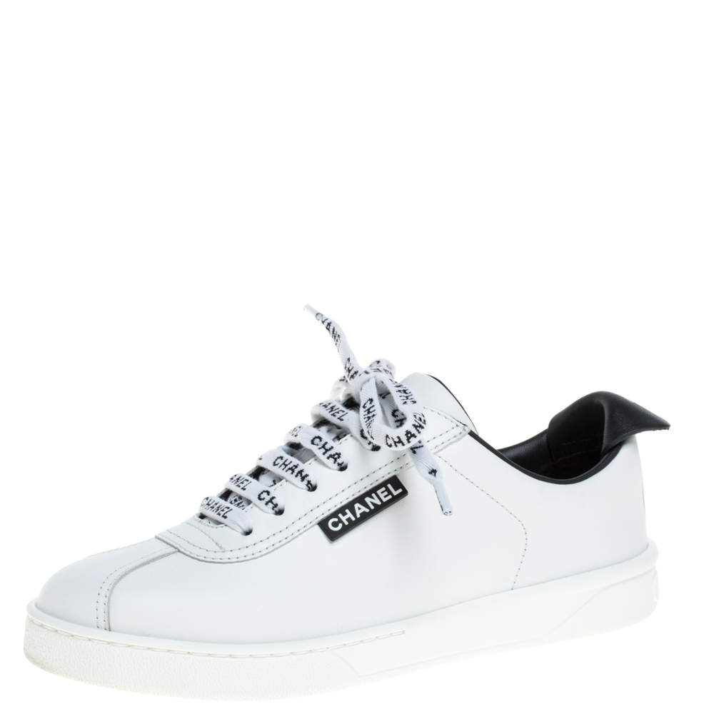 Chanel White Leather Logo Lace Up CC Low Top Sneakers Size 36