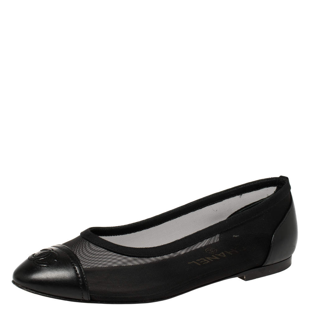 Chanel Black Leather And Mesh CC Ballet Flats Size 36