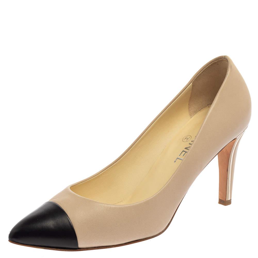 Chanel Beige/Black Leather Cap Toe CC Pointed Toe Pumps Size 41