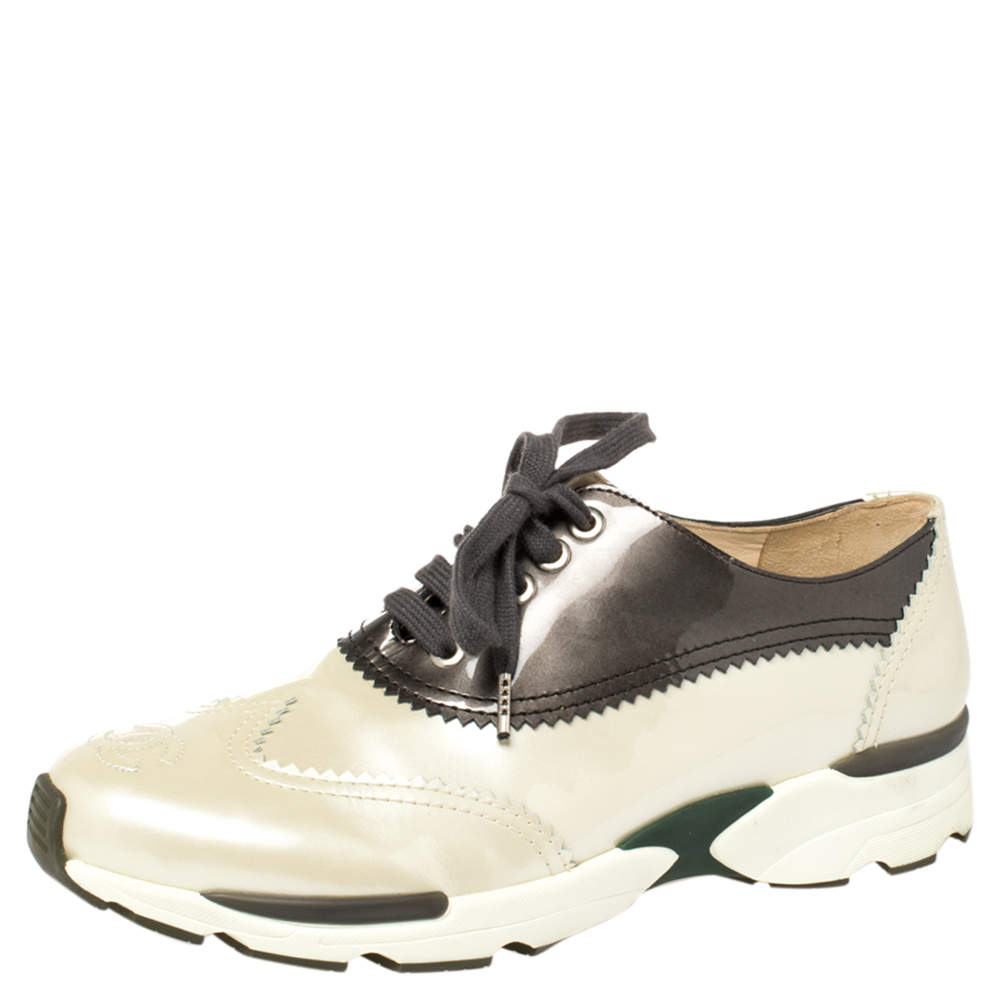 Chanel Cream/Grey Patent Leather CC Oxford Sneakers Size 37.5