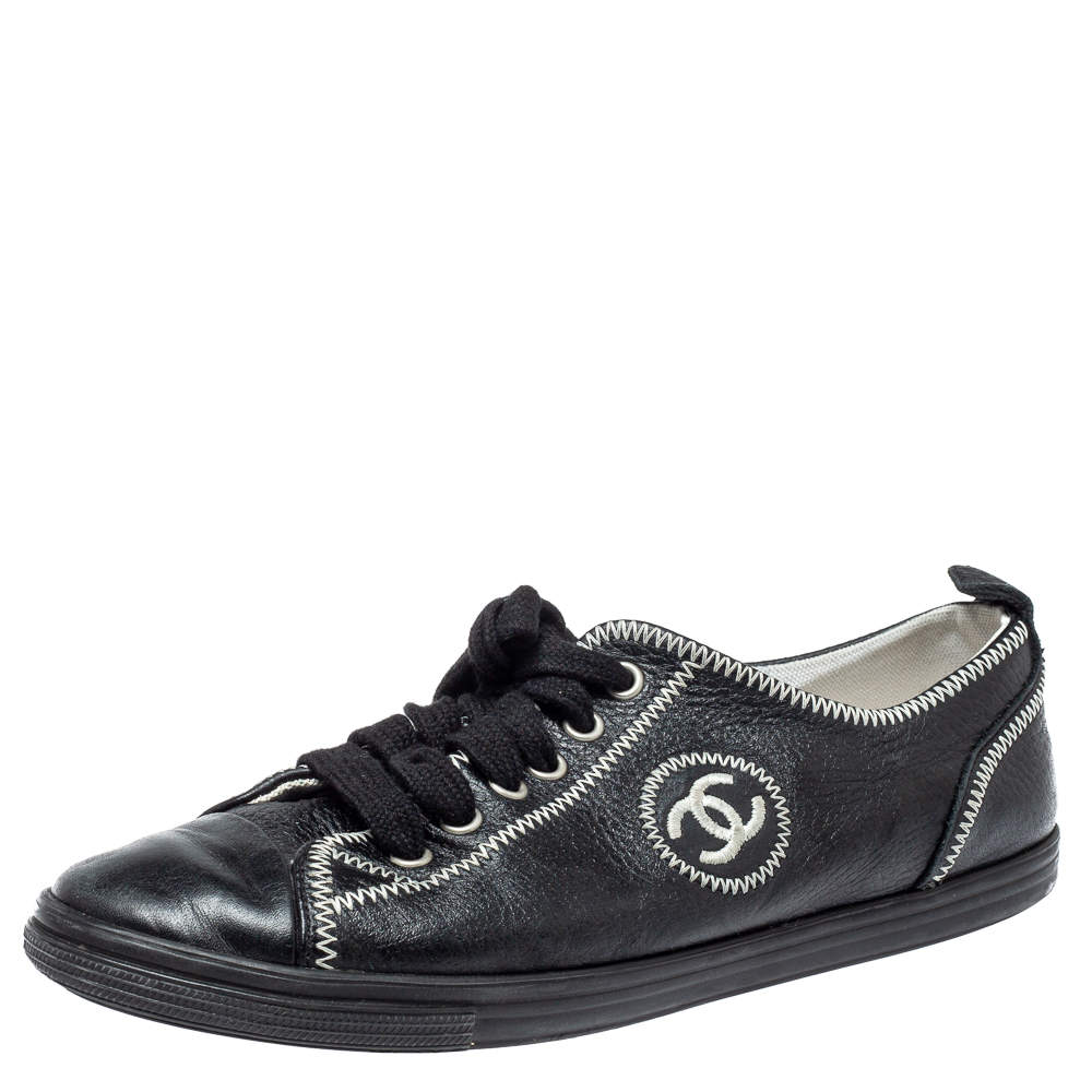 Chanel Black Leather CC Low Top Sneakers Size 39.5