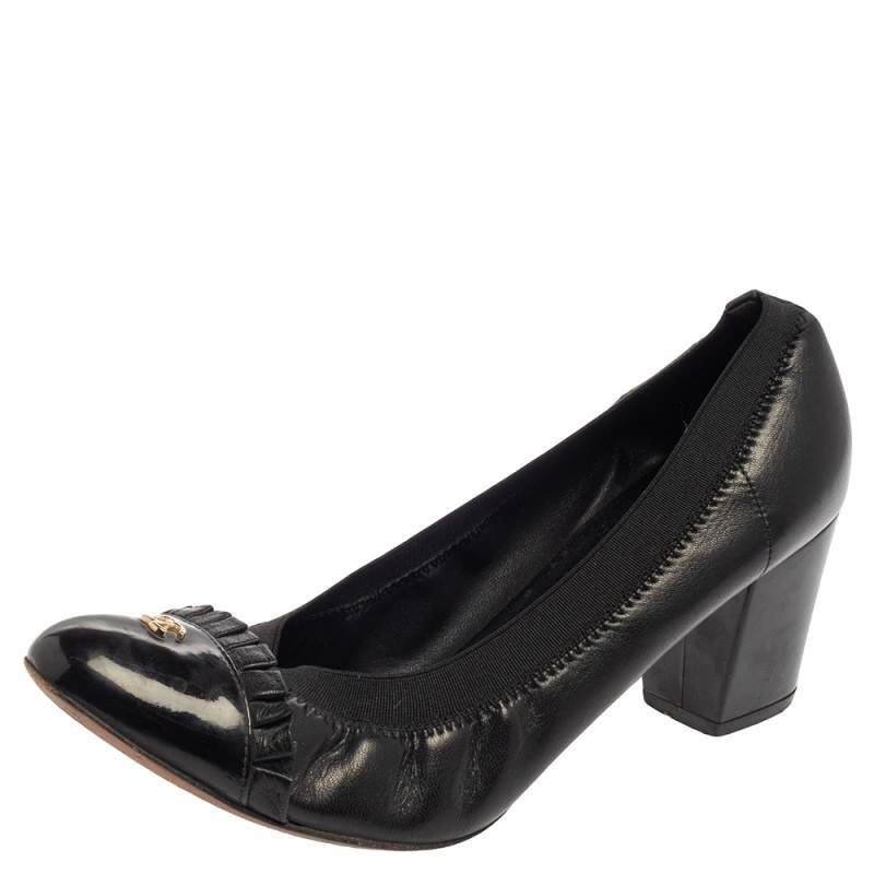 Chanel Black Leather And Elastic Cap Toe Pumps Size 38.5
