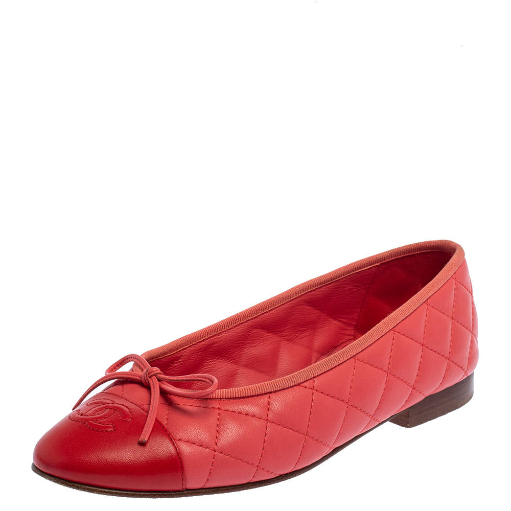 Chanel Red Quilted Leather CC Bow Cap Toe Ballet Flats Size 37