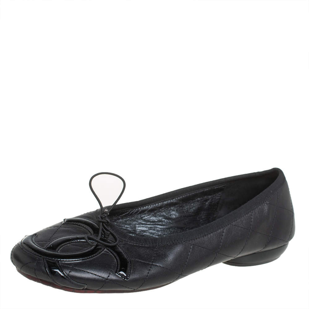 Chanel Black Leather and Patent Leather CC Cambon Ballet Flats Size 39.5