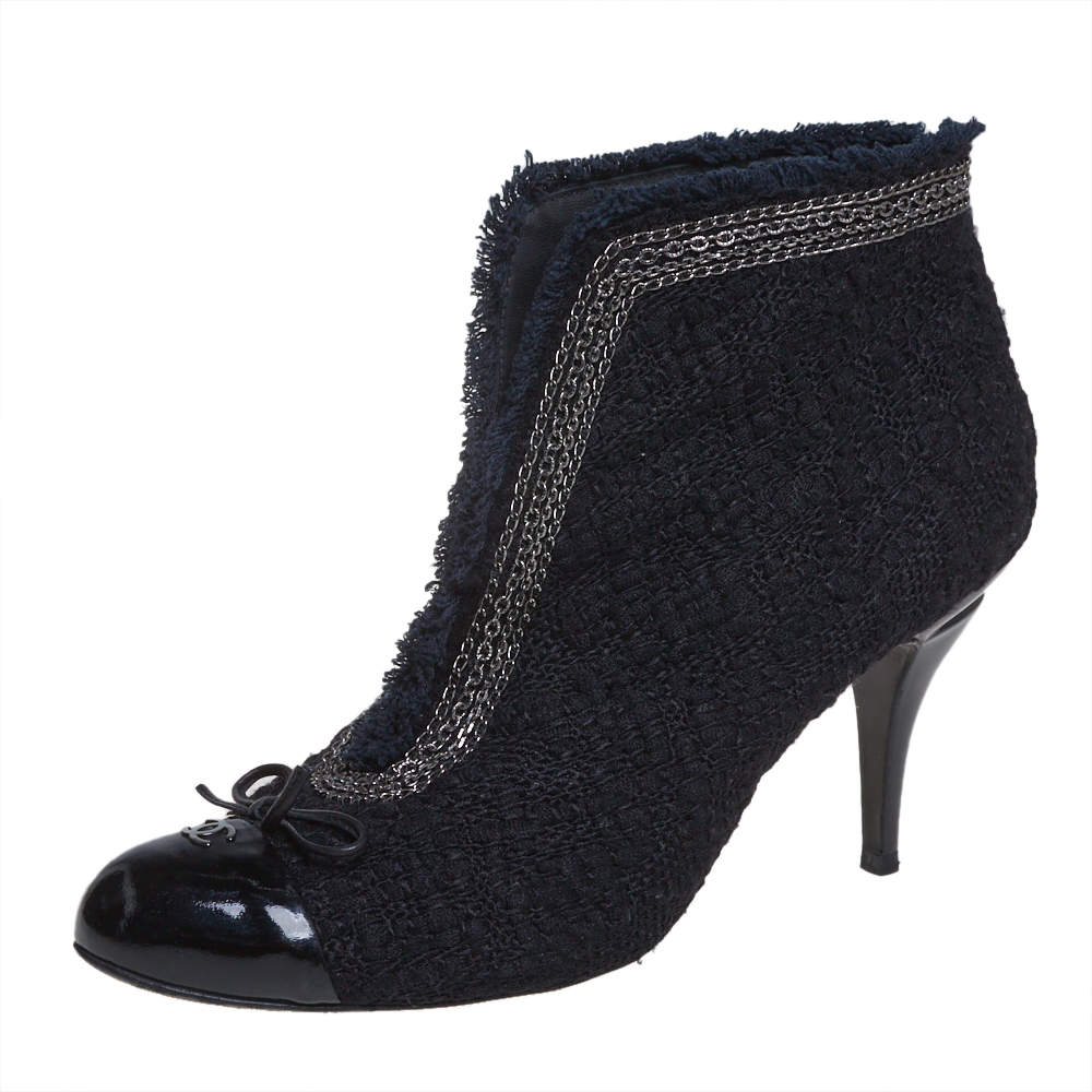 Chanel Black Tweed And Patent Leather CC Cap Toe Ankle Booties Size 41