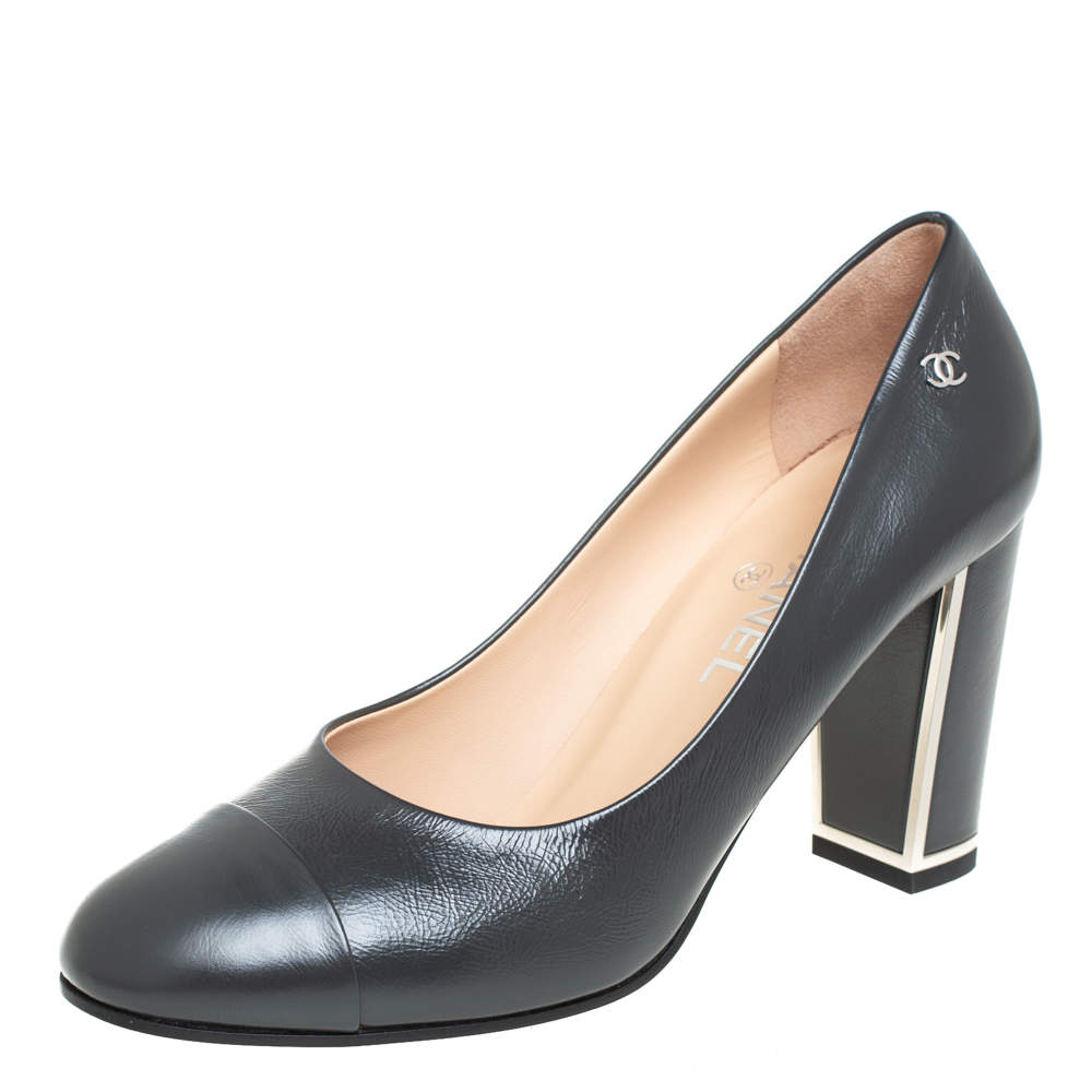 Chanel Black Leather CC Cap Toe Block Heel Pumps Size 40