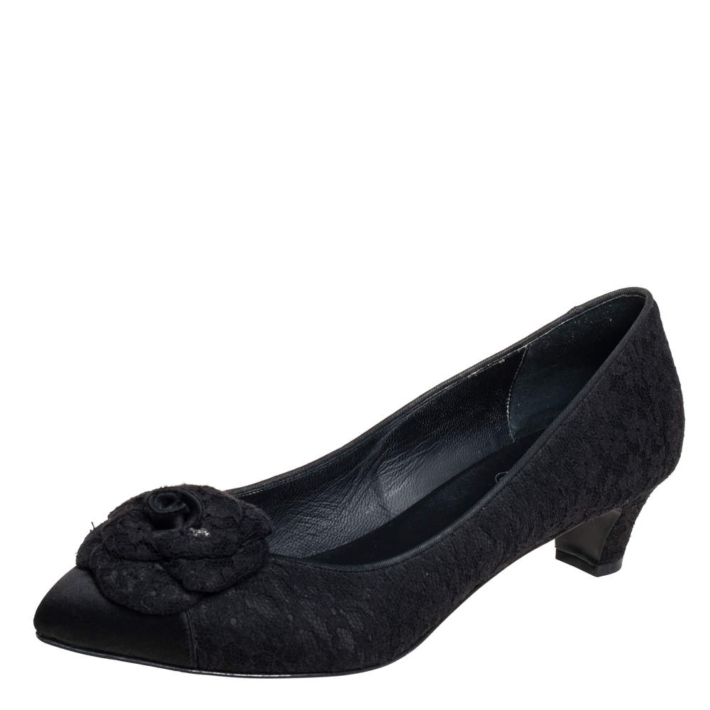Chanel Black Lace And Satin Camellia Flower Pumps Size 38