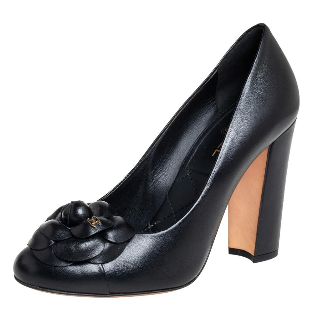 حذاء كعب عالي شانيل كاميليا كعب سميك جلد أسود مقاس 37.5