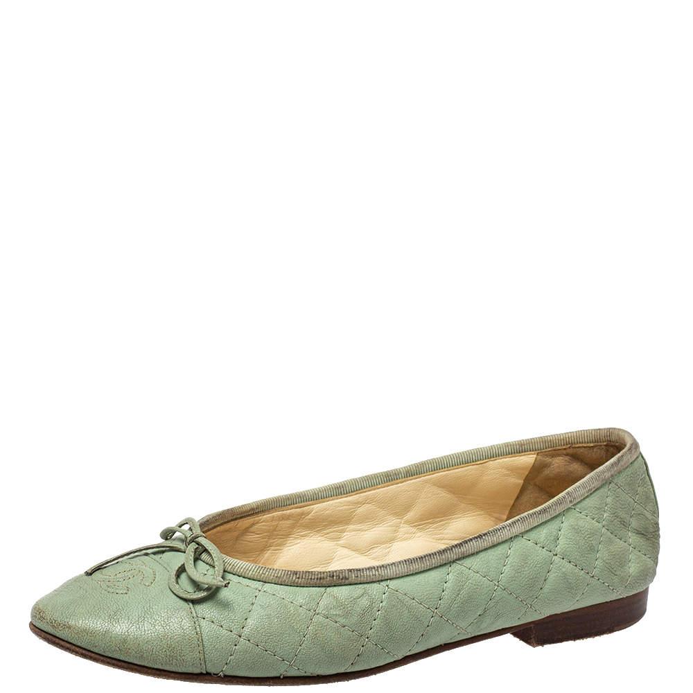 حذاء باليرينا فلات شانيل جلد أخضر مينت مبطن بفيونكة سي سي مقدمة محاكة مقاس 37
