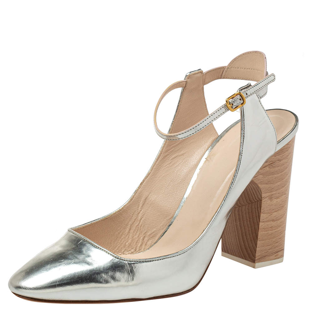 Chloe Silver Leather Ankle Strap Block Heel Sandals Size 40.5