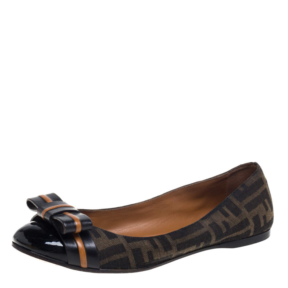 Fendi Brown/Black Zucca Canvas And Leather Bow Cap Toe Ballet Flats Size 39