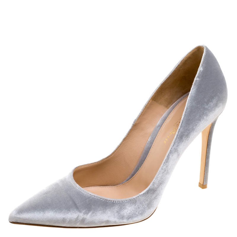 Gianvito Rossi Grey Velvet Pointed Toe Pumps Size 40.5