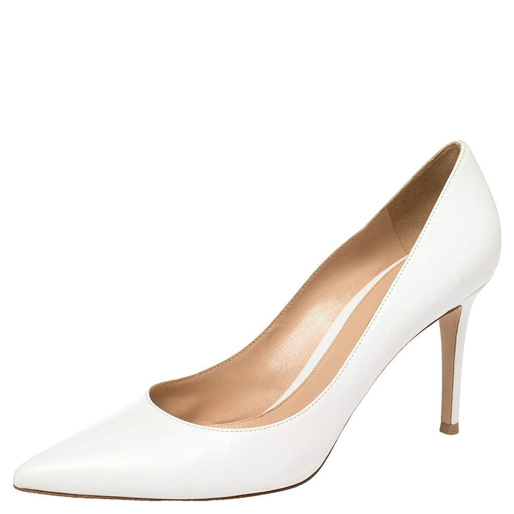 Gianvito Rossi White Leather Pointed Toe Pumps Size 41