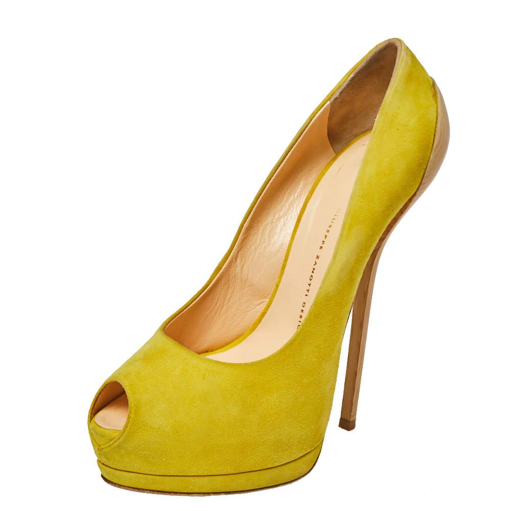 حذاء كعب عالى جوسيبى زانوتى نعل سميك مقدمة مفتوحة سويدى أصفر مقاس 40
