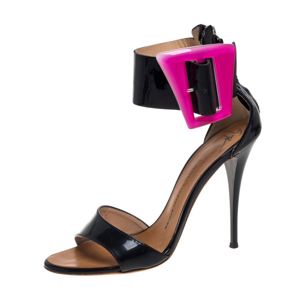 Giuseppe Zanotti Black/Pink Patent Leather Ankle Strap Open Toe Sandals Size 38.5