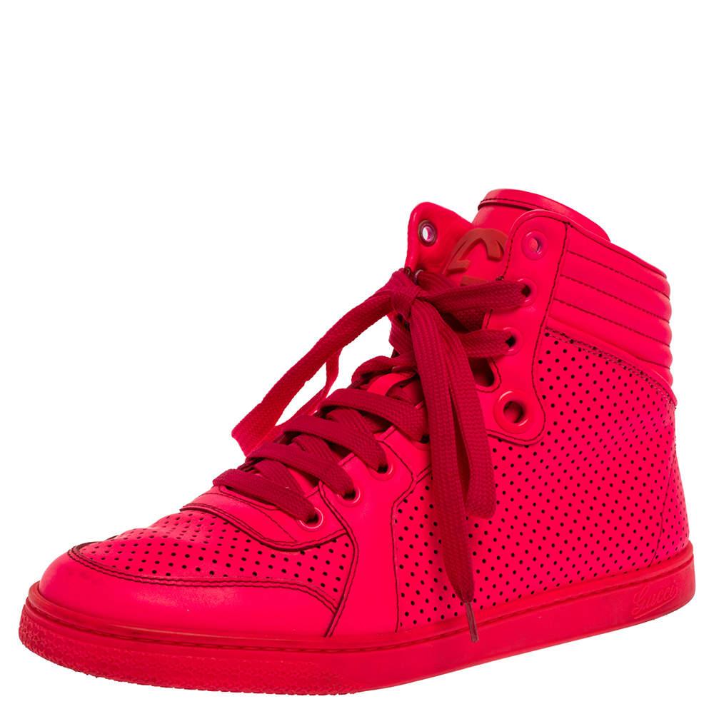 Gucci Neon Pink Leather Interlocking G