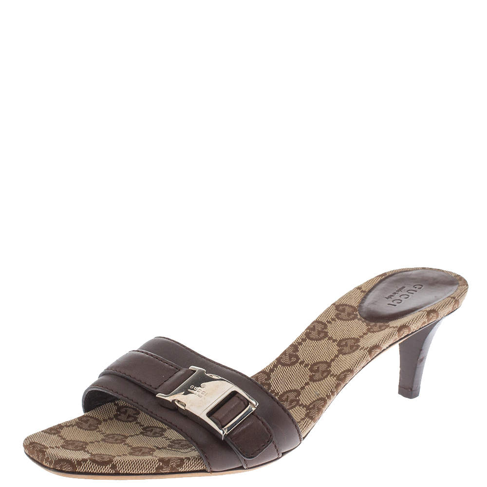 Gucci Brown Leather and GG Canvas Snap Lock Detail Slide Sandals Size 40.5