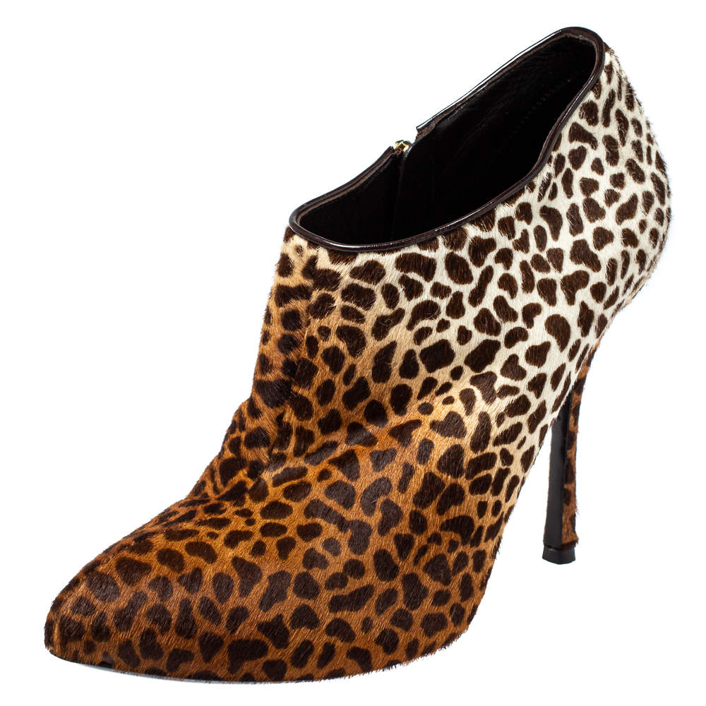 Gucci Beige Leopard Calfhair and Leather Ankle Booties Size 40