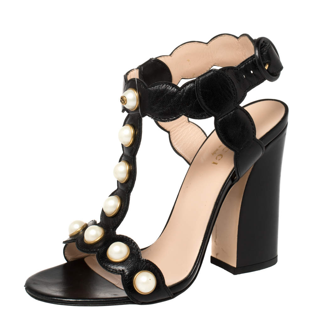 Gucci Black Leather Faux Pearl Embellished Willow T-Strap Sandals Size 36
