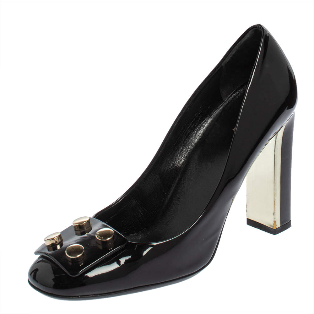 Gucci Black Patent Leather Round Toe Pumps Size 39