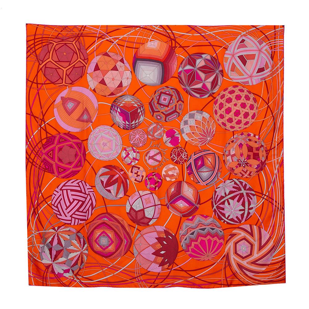 وشاح هيرمس حرير مربع لارت دو تماري نوات أوث بايس مطبوع برتقالي