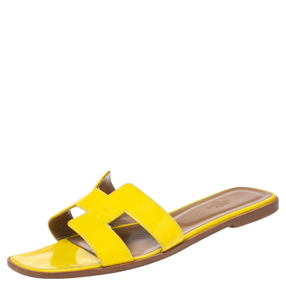 Hermes Yellow  Leather Oran Flat Sandals Size 40