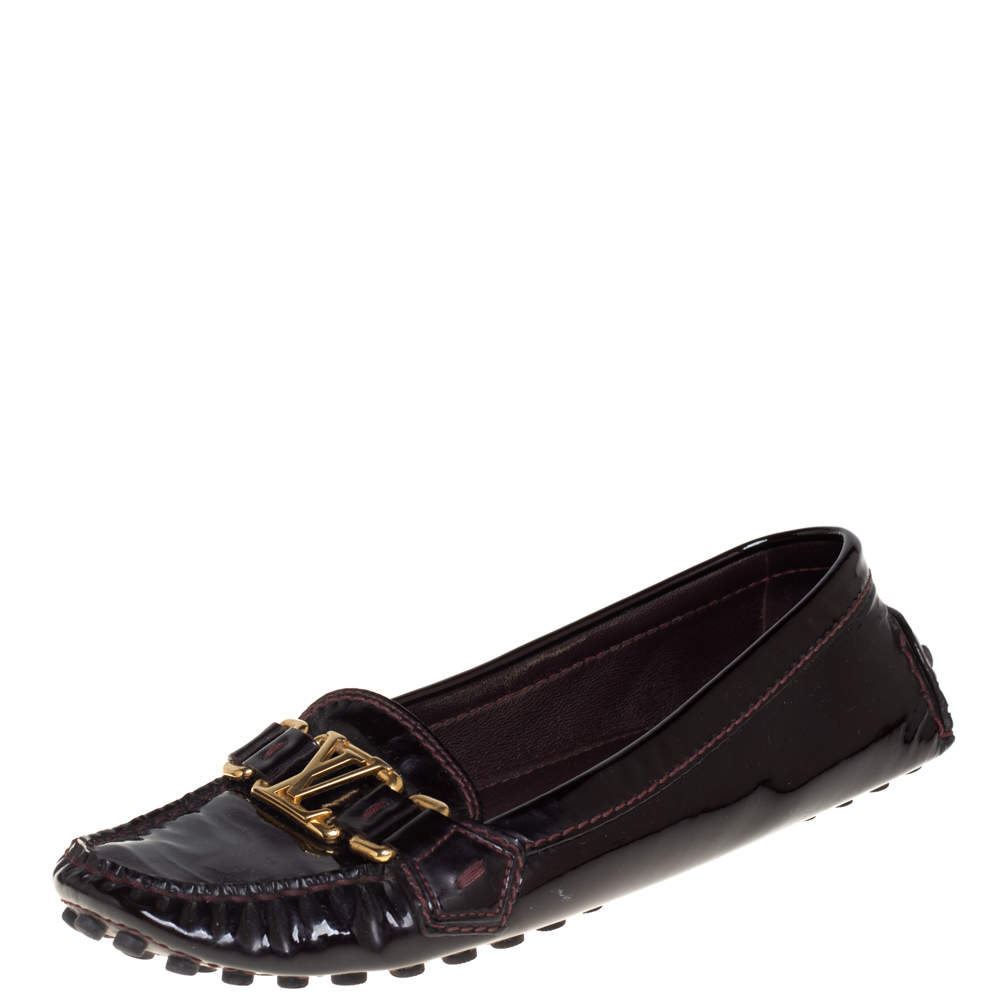 Louis Vuitton Burgundy Patent Leather Oxford Slip On Loafers Size 38
