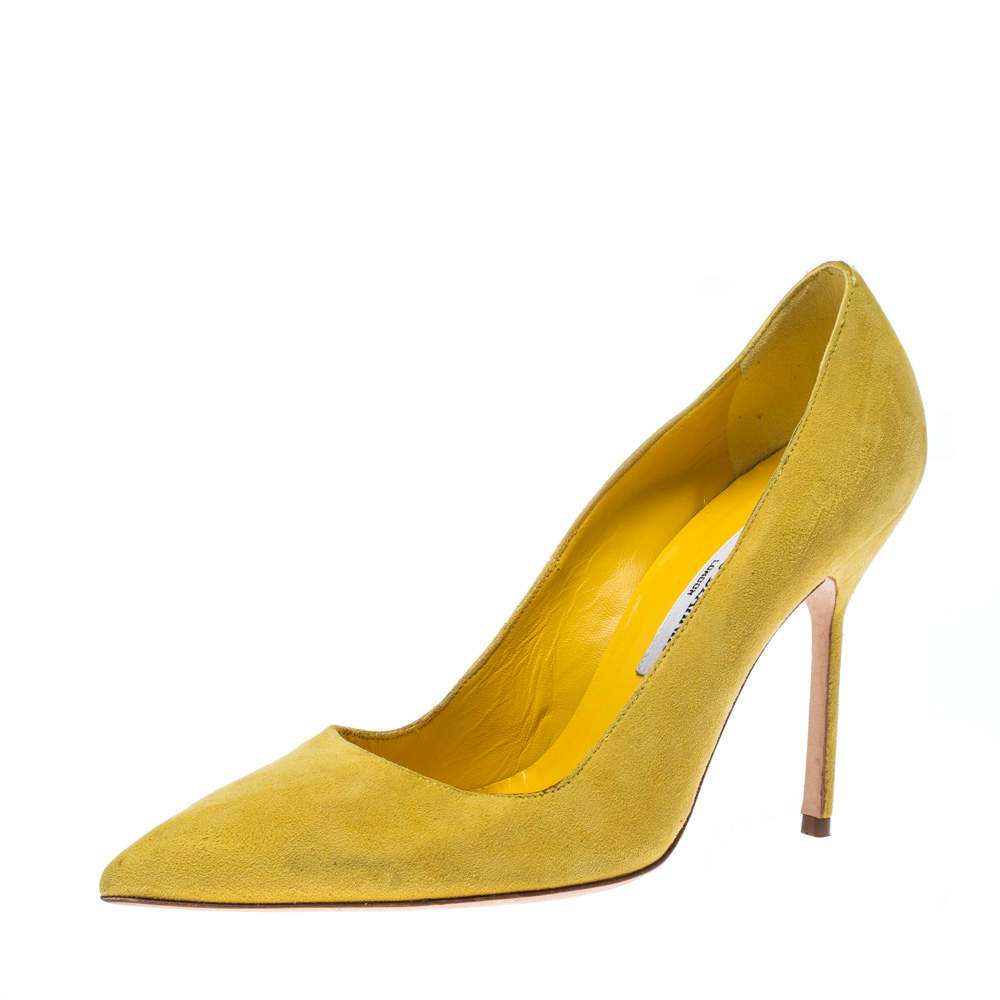 Manolo Blahnik Yellow Suede Ponited Toe Pumps Size 37